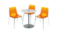 3 x TINA orange / 1 x BELLE ILE blanc : ensemble de mobiliers en location