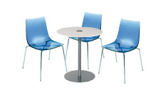 3 x TINA bleu / 1 x BELLE ILE blanc : ensemble de mobiliers en location