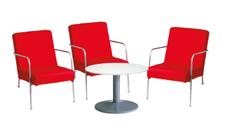3 x CLISSON rouge / 1 x NOIRMOUTIER blanc : ensemble de mobiliers en location