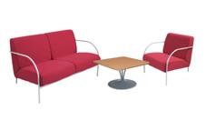 1 x banquette et 1 x chauffeuse PONTHIEU framboise / 1 x MALVILLE bois : ensemble de mobiliers en location