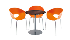 3 x ROYAN orange / 1 x BELLE ILE wengé : ensemble de mobiliers en location