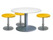 3 x CONCHE jaune / 1 x NOIRMOUTIER blanc : ensemble de mobiliers en location