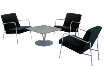 Ensemble de mobiliers en location : 3 x CLISSON noir / 1 x MALVILLE gris