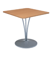 Location de mobilier : location table BANNEC